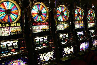 Закрыли казино в тупике игровые автоматы играть на деньги через смс